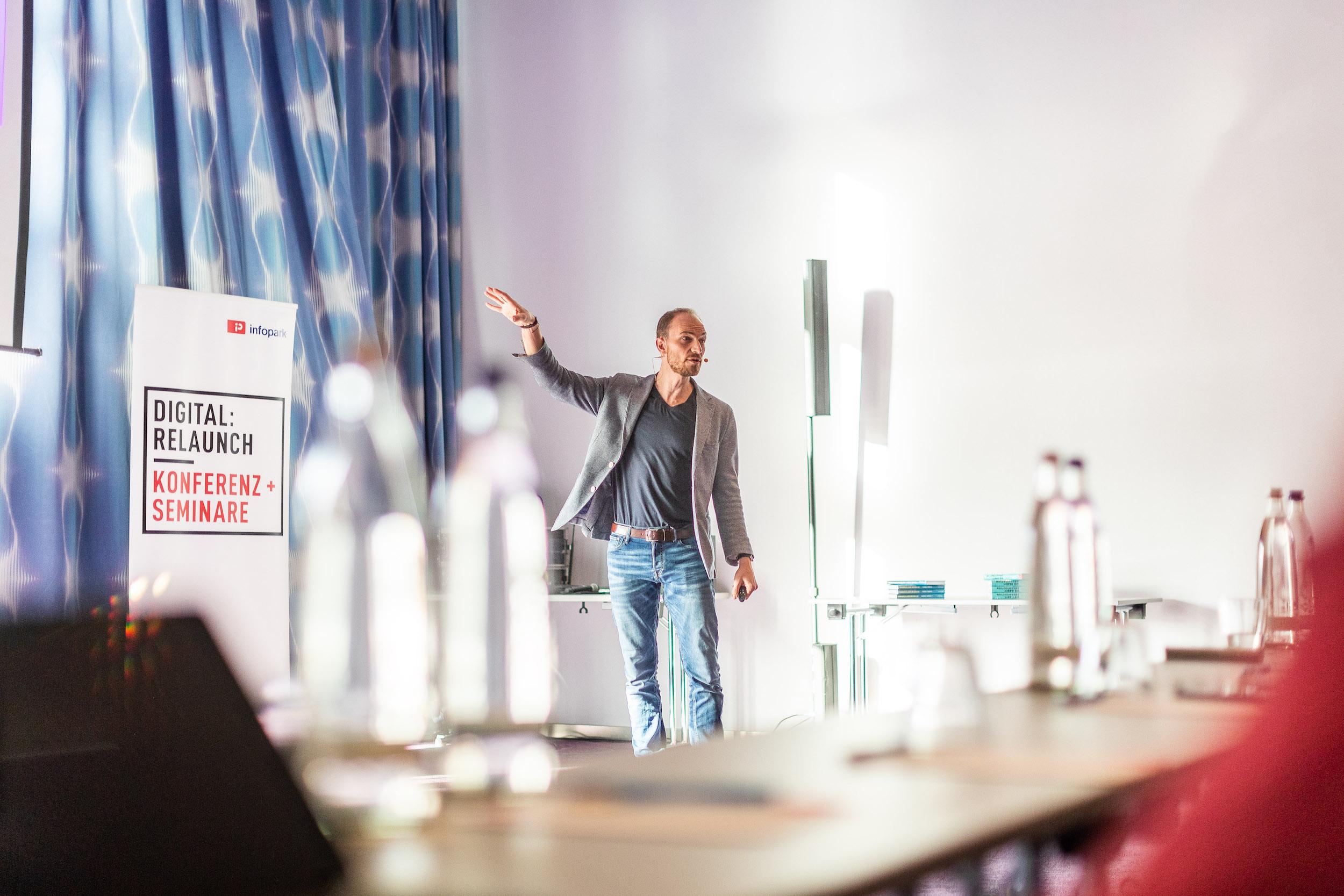 Alex T. Steffen Seminar Infopark